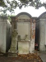Stone mausoleum, Lafayette #1 Cemetery